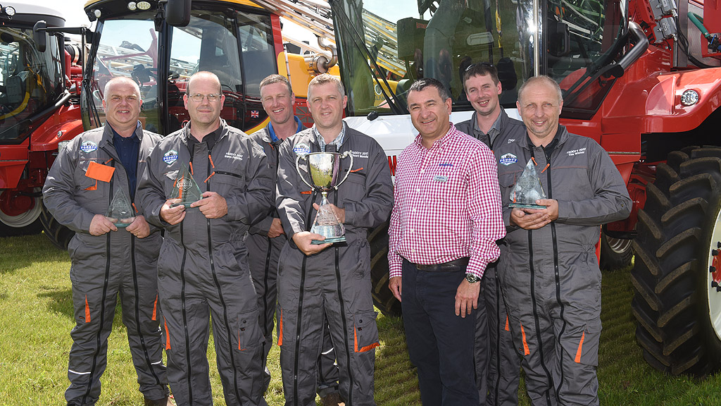 FSOOTY 2017 Winners with Gary Mills Thomas