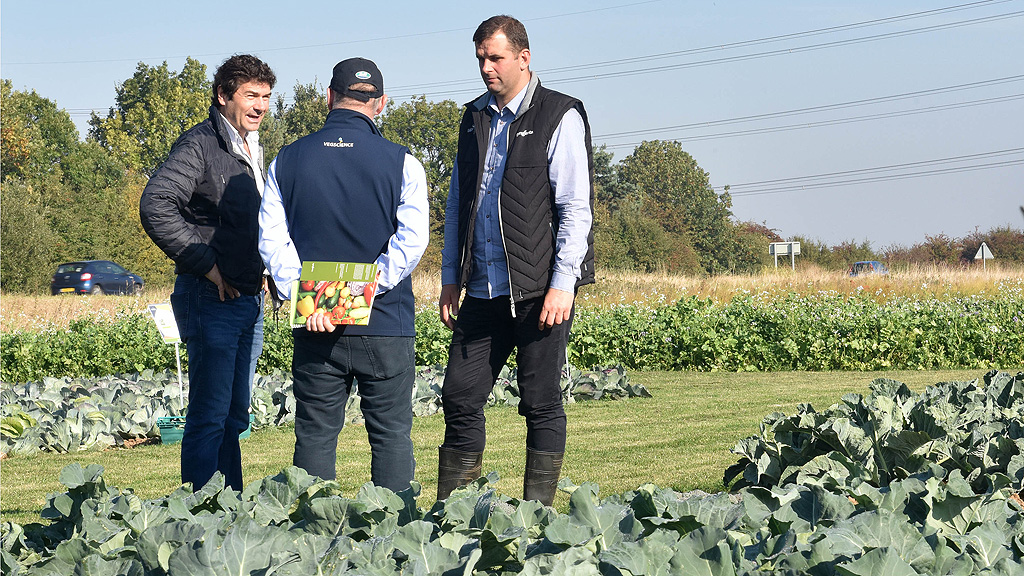 Simon Naylor - left - at Syngenta Fields of Innovation Open Day 2018