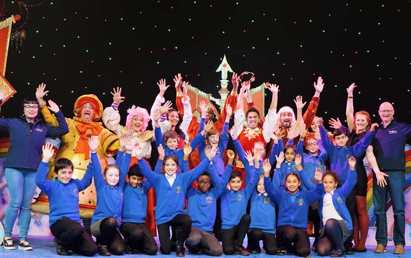 LBT Panto Ashbrow School